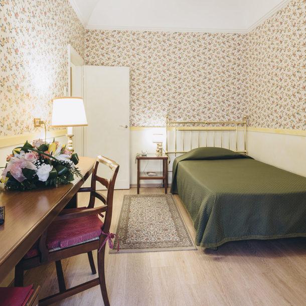 camera-singola-hotel-roma-di-bologna