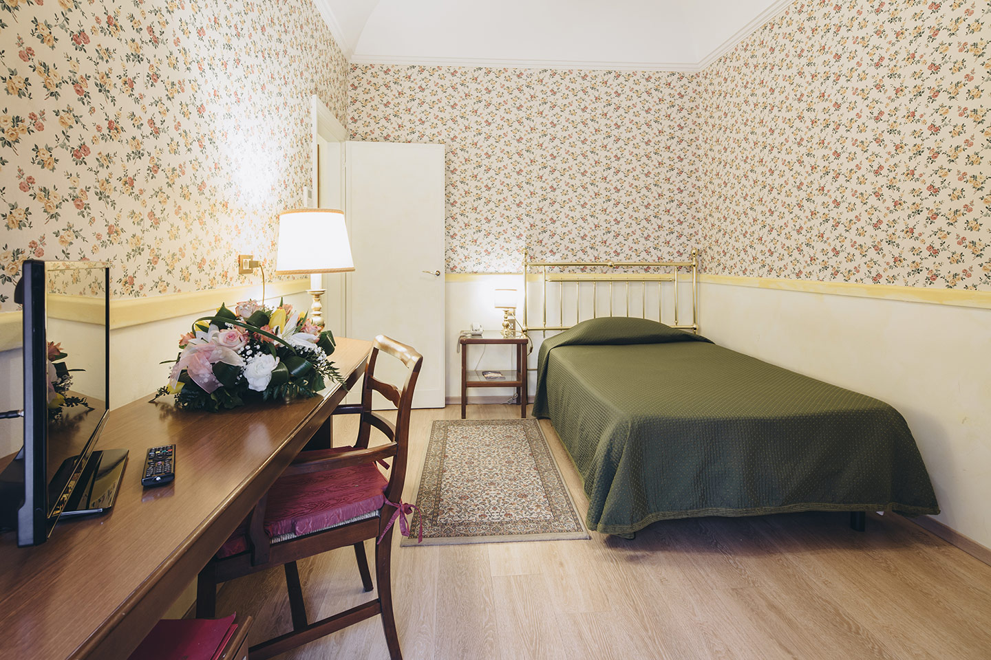 single-room-roma-hotel-bologna