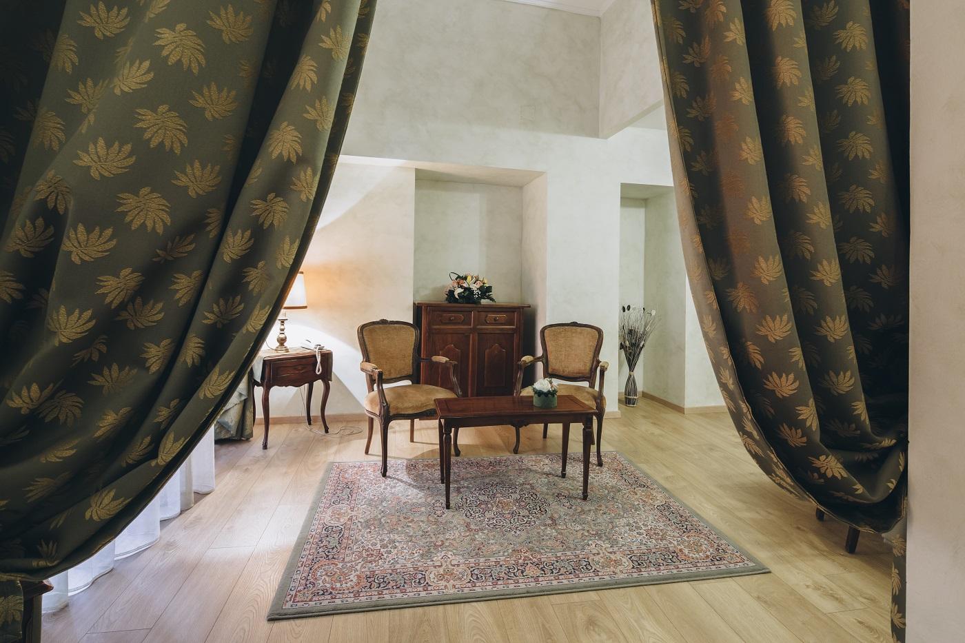 dettaglio-salotto-hotel-roma