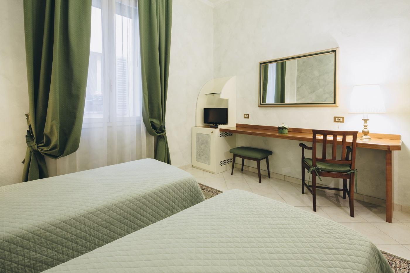 twin-room-hotel-roma-bologna